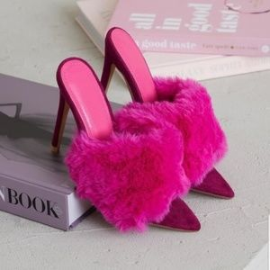 Brand New Fur Pink Heels Size 6